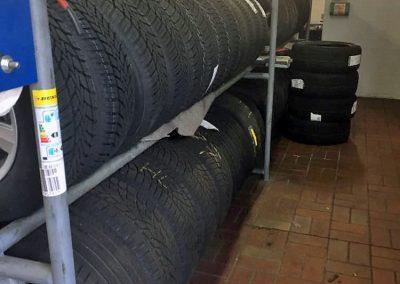 Service Reifen & Räder